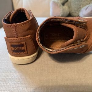 Toms Shoes - Toms baby boots